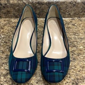 Crown & Ivy Beckie Plaid Fabric Pumps Womens